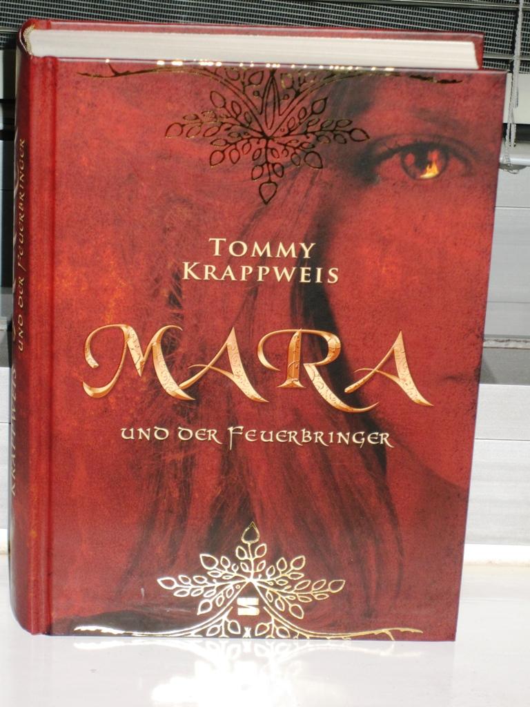Rezension: Mara und der Feuerbringer Band 1